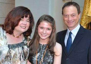 Cheryl Rhoads, Virginia Tucker, Gary Sinise in 2011